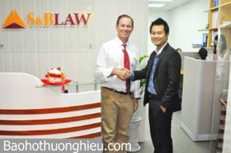 Lawyer on capital market in Vietnam