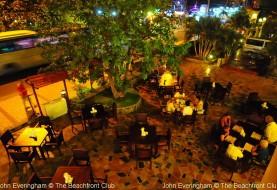 Open restaurants in Vietnam