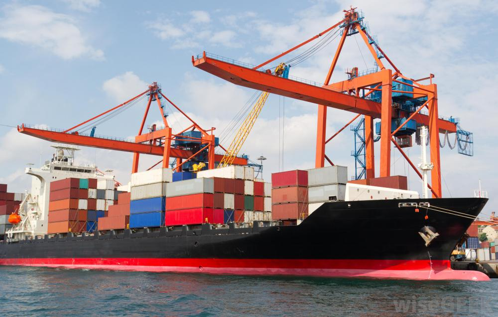 Import of used ships for dismantlement must have at least vnd 50 billion