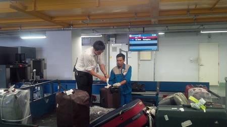Exempt from import duty for luggage with the total value  is vnd 10,000,000 (ten million) at most