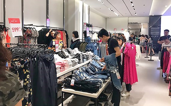 Establishment of Foreign Invested Company in the field of cloths and fashion in Vietnam